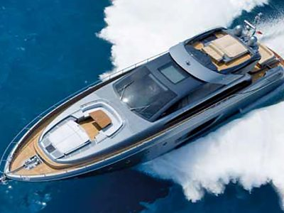Riva 86′ Domino, sfida alle mode