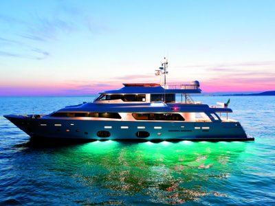 Navetta 33 Crescendo, navigando senza fretta