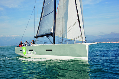 Vismara 50' Hybrid, preferisco il rumore del mare