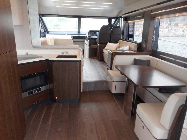 Disegno Bagno Absolute : Barca absolute yachts ht inautia inautia