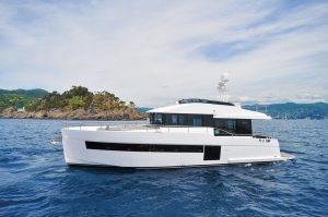 Sundeck Yacht 550