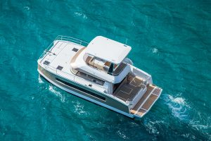 Fountaine-Pajot Motor Yacht 37