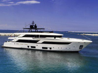 Varata Navetta 42, nuova ammiraglia di Custom Line