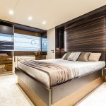 FERRETTI 670_interni_Owner suite