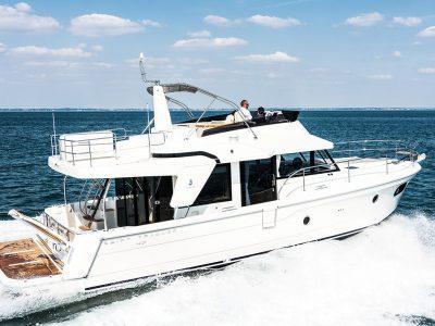 Bénéteau Swift Trawler 47, a very longrange. The sea trial