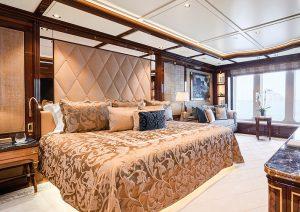 Alla scoperta di Amadea by Imperial Yachts