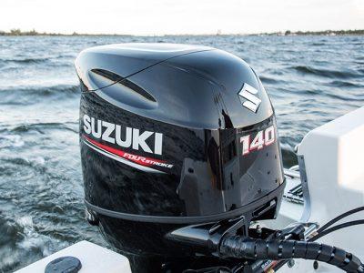 Il DF140A di Suzuki è sempre all'avanguardia