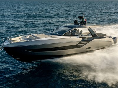 Azimut Yachts in Miami with 18 boats