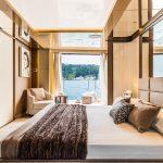 CL 106 Owner suite