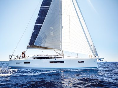 Jeanneau Sun Odyssey 410, doing the impossible