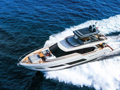 Ferretti Yachts 720, yearning for the sea