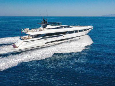 Overmarine Group al FLIBS con il Mangusta GranSport 33