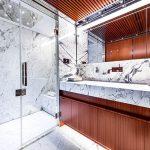 Riva_50Metri_Race_Master_Cabin_Bathroom_01