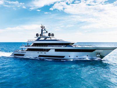 Superyacht Riva 50 Race, infinity charm