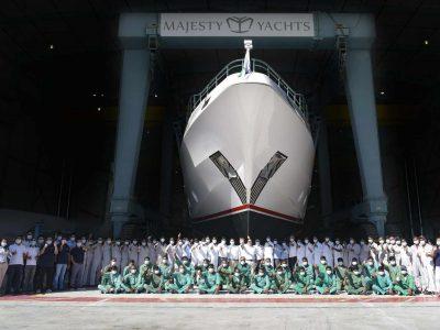 Majesty Yachts Superyacht Majesty 122 Sky Lounge Launched