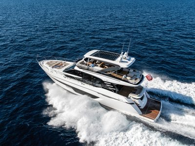 Fairline Yachts Squadron 68, vibration-free