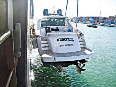 Il trasporto di Yacht