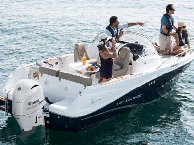 Yamaha veste di bianco perla gli High Power da 200 e 150 cv