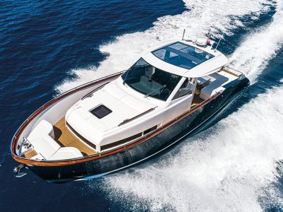 Austin Parker Yachts 44 Ibiza, Fast Lobster