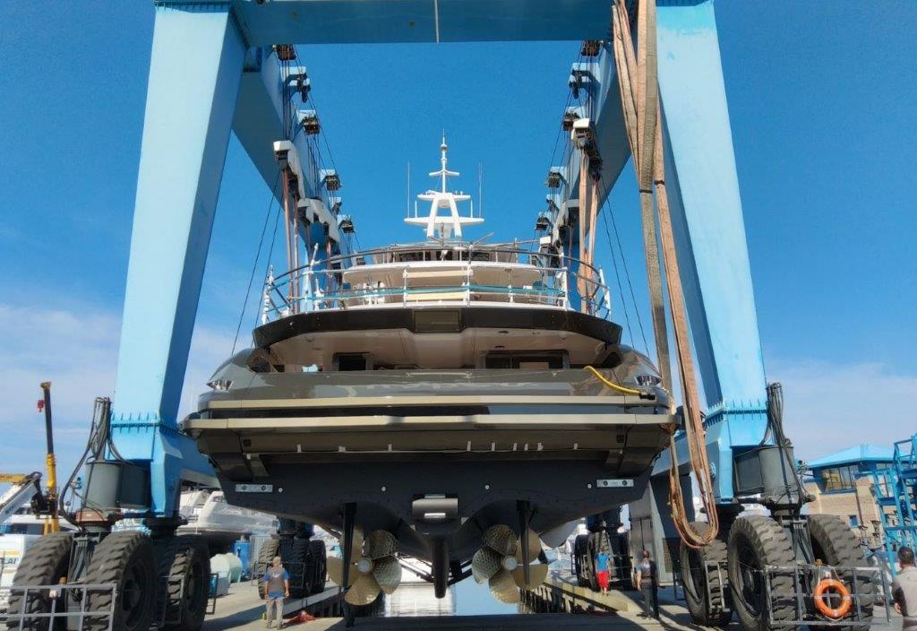 Azimut Grande Trideck second unit launch