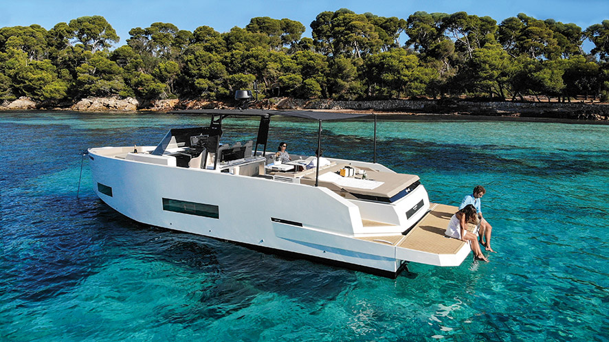 D42 Open De Antonio Yachts