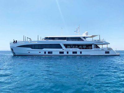 Hot Lab presents new 41-meter motor yacht