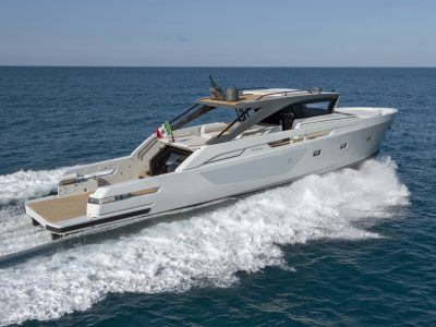 Bluegame Yachts brings Open and Fly together with BG72