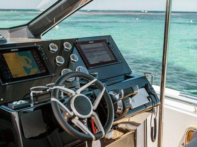 Simrad partecipa al Cannes Yachting Festival 2021
